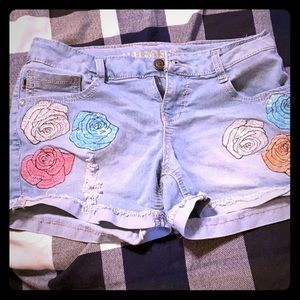 Vigoss girl flower  design shorts